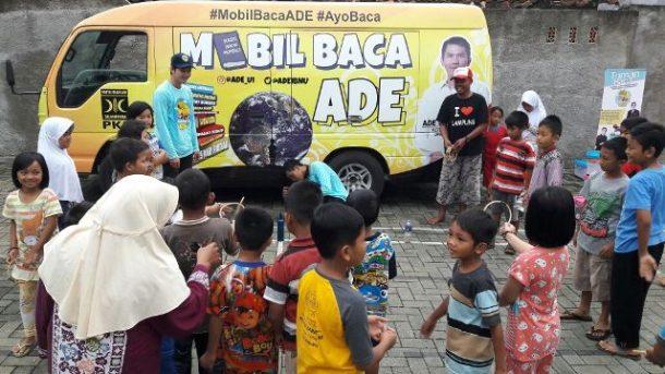 Mobil Baca Ade di Blora Bandar Lampung, Anak-Anak Serbu Buku dan Ikuti Permainan Edukatif