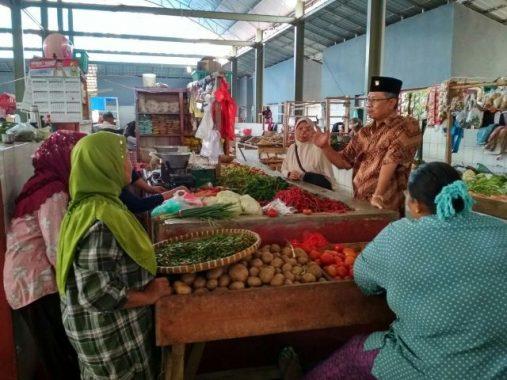 PILGUB LAMPUNG: Sutono Blusukan ke Pasar Sidomulyo