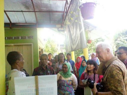Kedutaan Besar Belanda Kunjungi STBM Center Pringsewu