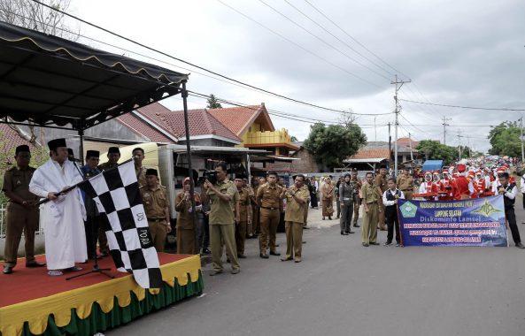 Zainudin Hasan Lepas Pawai Sambut MTQ ke-47 Lampung Selatan