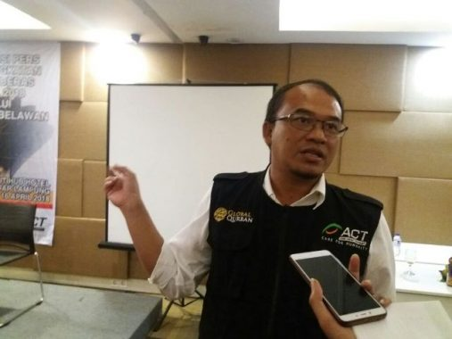 ACT Lampung Serahkan Bantuan untuk Budi dan Bilal