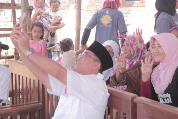PILGUB LAMPUNG: Cawagub Nomor 4 Ahmad Jajuli Sosialisasikan KJ4 di Tanjungbintang, Masyarakat Respons Positif