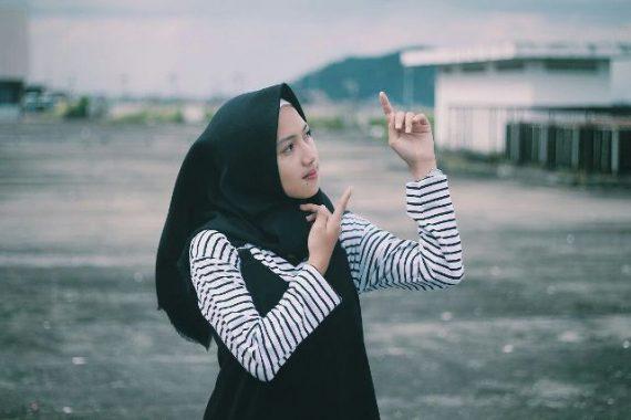 Model Lampung Ayu: Siswi SMKN 8 Bandar Lampung yang Bisa Ngemsi Bahasa Lampung