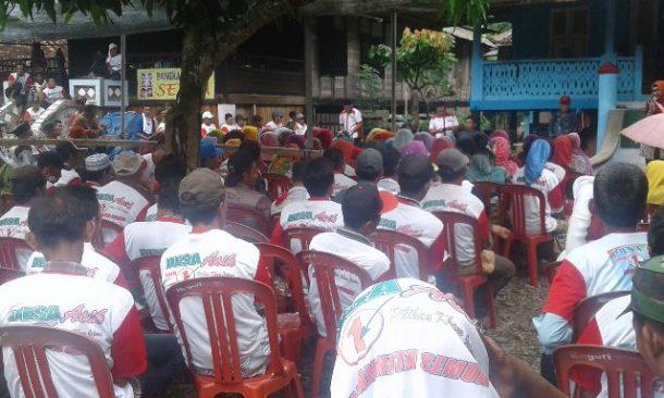 PILKADA TANGGAMUS: Kampanye di Kelumbayan, Dewi Handajani Janji Umrahkan Peserta Aktif Pengajian