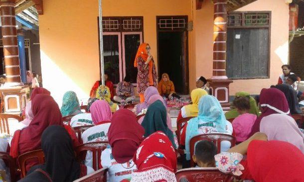 PILKADA TANGGAMUS: Kampanye di  Pekon Darussalam Kecamatan Gunungalip, Dewi Handajani Tegaskan Tekad 1 Desa 1 Ambulans