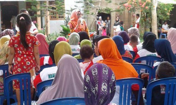 PILKADA TANGGAMUS: Di Pekon Tanjungagung-Pugung, Dewi Handajani Janji Benahi Jalan 10 Km