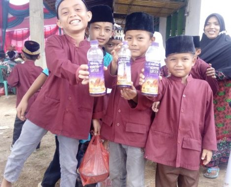 Gandeng ACT Lampung Salurkan 10 Ribuan Botol Minuman, Ini Beberapa Manfaat Kurma Water
