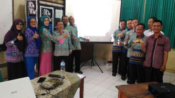 Koperasi SMKN 2 Bandar Lampung Menuju Berbasis Syariah