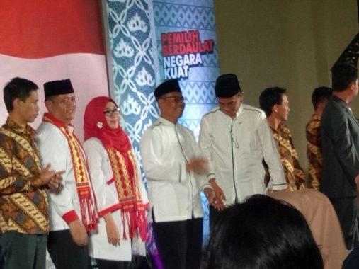 PILKADA TANGGAMUS: Nomor Urut 1, Dewi Handajani-AM Syafii Tutup Debat Publik dengan Angka 5