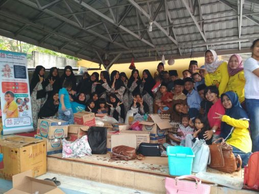 PILKADA TANGGAMUS: Di Pekon Badak-Limau, Dewi Handajani: Coblos Nomor 1!