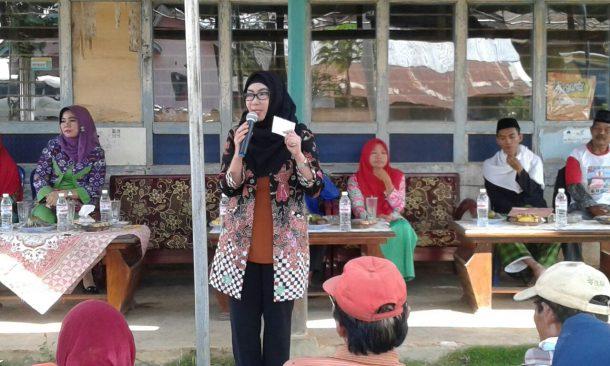 PILGUB LAMPUNG: Kampanye di Lampung Tengah, Herman HN Dengarkan Curhat Warga Soal Jalan Rusak