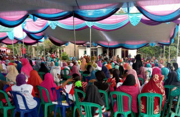 PILGUB LAMPUNG: Ribuan Orang Massa Kampanye Akbar Ridho-Bachtiar Sambut SBY dan AHY