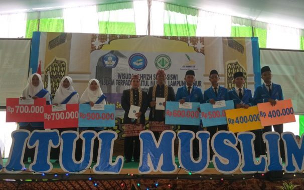 SMPIT Baitul Muslim Wisuda 10 Lulusan Hafal 30 Juz Alquran