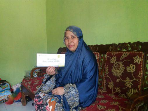 IZI LAMPUNG BERBAGI: Ustazah Anie Jaga Keberlangsungan Generasi Penghafal Alquran