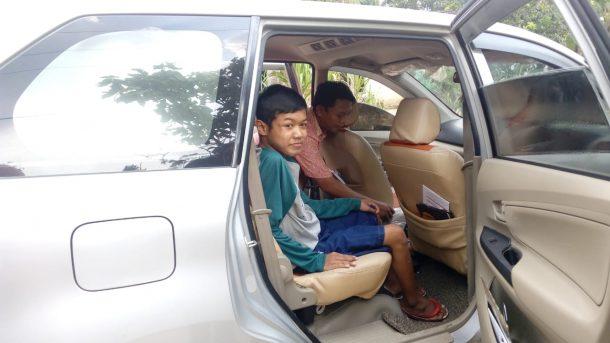 ACT Lampung Gembirakan Bilal Penderita Lumpuh di Way Sulan dengan Rekreasi