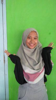 Nola Siswi Kelas X SMA IT Daarul Ilmi Sudah Punya Novel Sendiri
