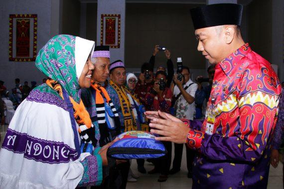 Lepas Jemaah Calon Haji, Ini Pesan Bupati Lampung Utara