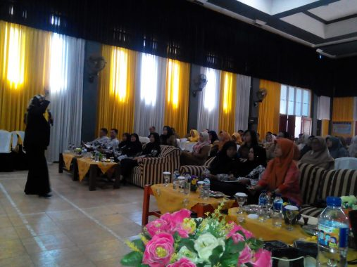 PGRI Tanggamus Gelar Peluncuran Buku dan Seminar Kepenulisan
