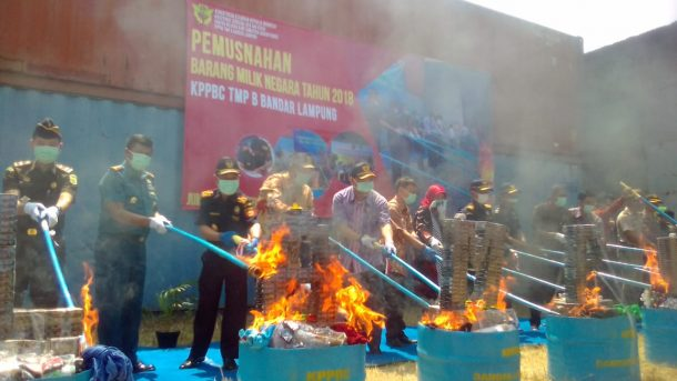 Bea Cukai Bandar Lampung Musnahkan Barang Ilegal, Wakil Menteri Keuangan Mardiasmo Inginkan Kondisi Ini