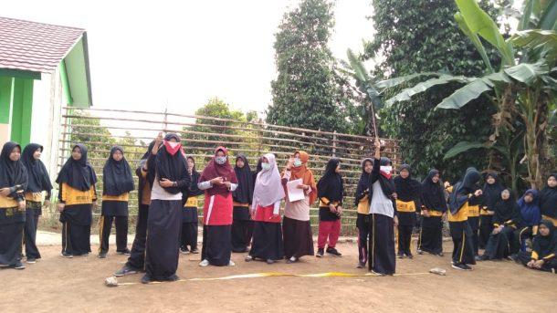 Siswa SMP IT Daarul Ilmi Ikuti Lomba Balon Merdeka, Asik Sih