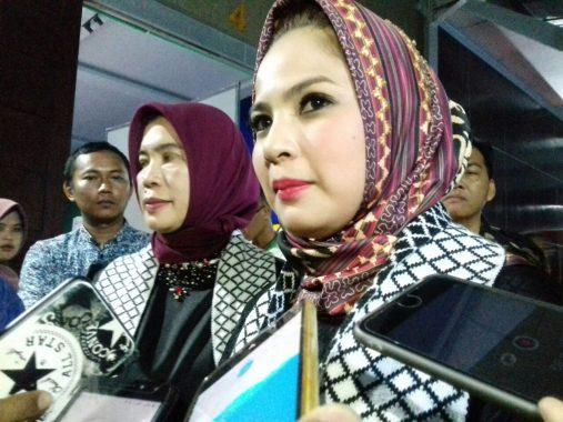 Konser Peduli Palestina-Lombok Gelaran ACT Lampung Dapat Rp935 Juta, Melly Goeslaw: Gemes Deh