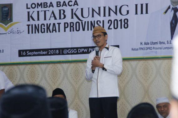 Santri 19 Tahun Asal Lamtim Juara I Lomba Baca Kitab Kuning PKS Lampung