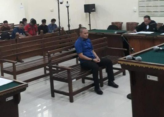 Gilang Ramadhan Didakwa Suap Bupati Lampung Selatan Nonaktif Zainudin Hasan Rp1,4 Miliar