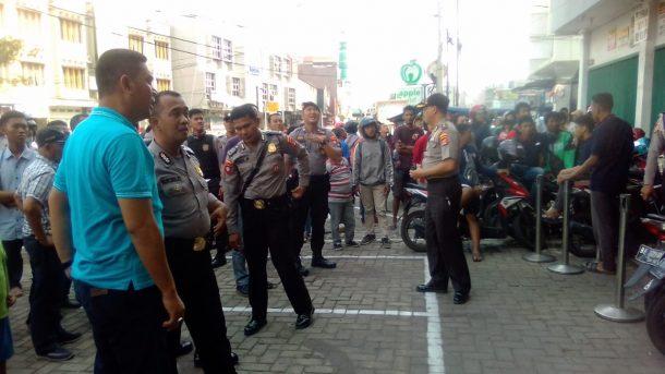 Penjambret Nyaris Babak Belur Dihajar Massa di Jalan Gajah Mada Bandar Lampung