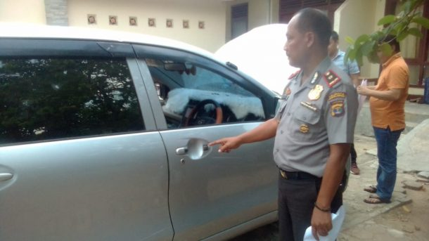 Usai Beroperasi di Unila, Kawanan Maling Bermobil Ditangkap Massa di Jalan Bumimanti Kampungbaru