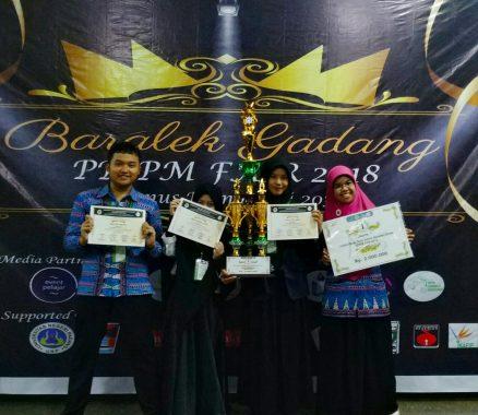 SMK SMTI Bandar Lampung Juara 1 Lomba Karya Ilmiah Tingkat Nasional di Universitas Negeri Padang