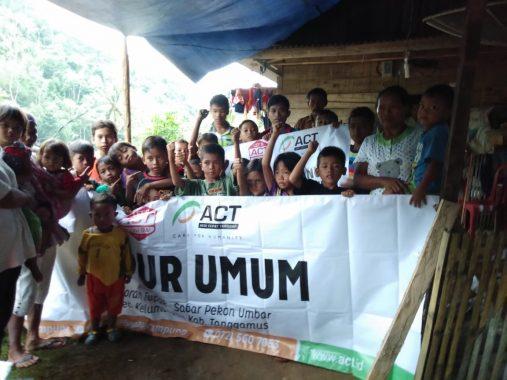 Dapur Umum ACT Lampung Mulai Layani Warga Terdampak Banjir Pekon Umbar Kelumbayan