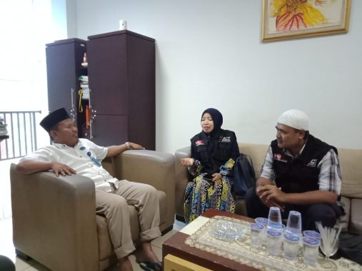 IBI Darmajaya Gandeng ACT Lampung Salurkan Bantuan ke Pekon Umbar Kelumbayan Tanggamus