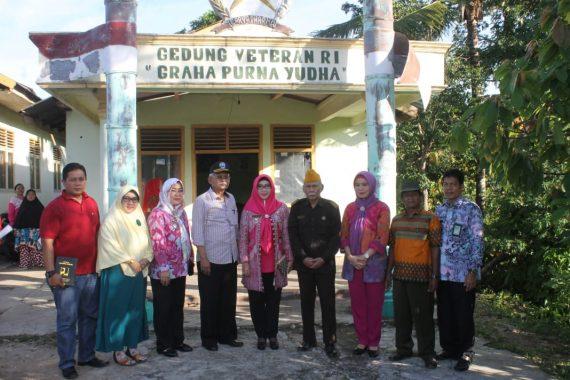 Bupati Tanggamus Dewi Handajani Tinjau Gedung Veteran