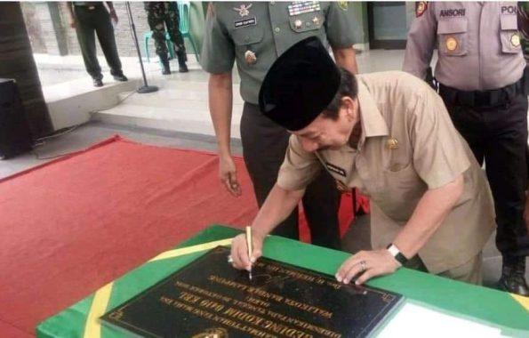 Wali Kota Bandar Lampung Herman HN Teken Prasasti Peresmian Kodim