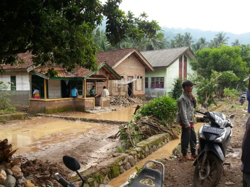 Seratusan Santri Ponpes Riyadhus Sholihin Kotabaru Bandar Lampung Ikuti Beragam Lomba