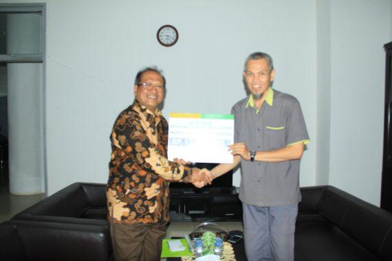 Bupati Lampung Barat Parosil Mabsus Tinjau Pemilihan Peratin Serentak