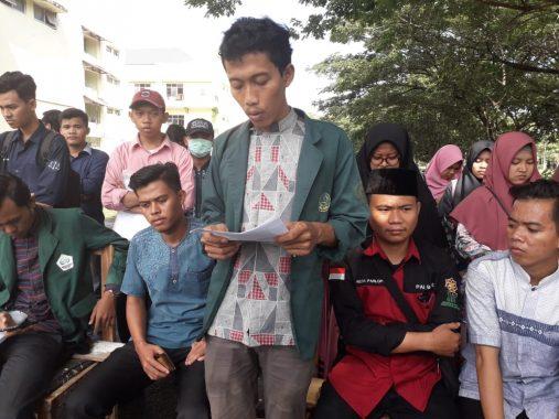 Buka Silaknas ICMI di Mahligai Agung UBL, Presiden Jokowi Disambut Tarian Lampung