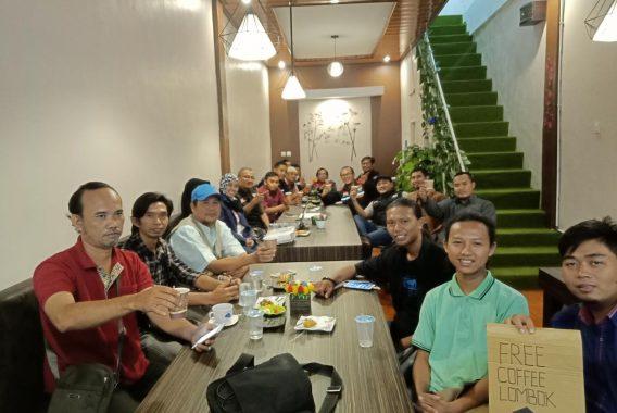 Iqro-nya Diborong Wali Kota Herman HN, Pedagang Pasar Tengah: Alhamdulillah Dibayar Lebih