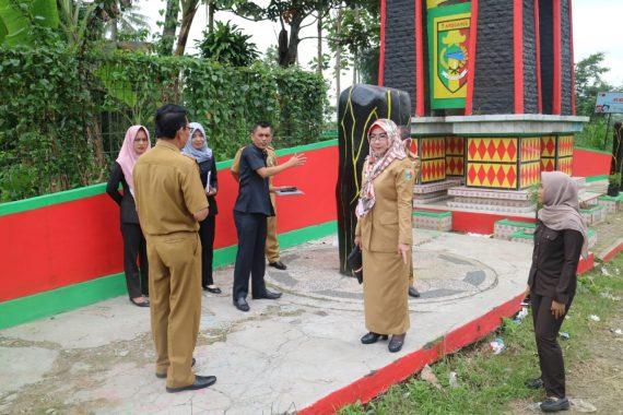 Bupati Tanggamus Dewi Handajani Ingin Benahi Persoalan Sampah