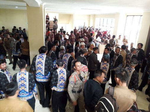 Pemkot Bandar Lampung Bagikan Insentif Ketua RT dan Kepala Lingkungan
