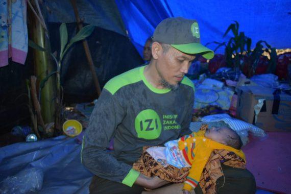 Kisah Bayi Novi Usia 1,5 Bulan dan Ibunya yang Selamat dari  Tsunami Lampung Selatan