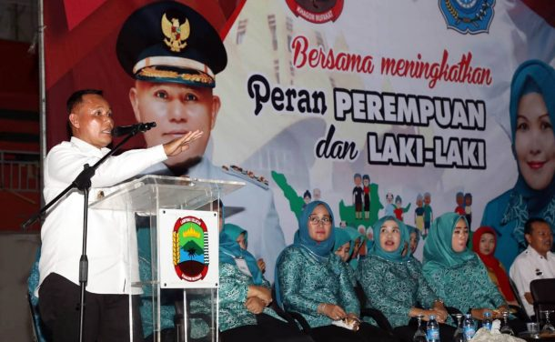 Plt Bupati Lampung Selatan Buka Lomba Kader PKK dan Gebyar UP2K Tim Peggerak PKK