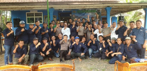 Kapolres Tubalangbawang Silaturahmi dengan PWI Tulangbawang Barat