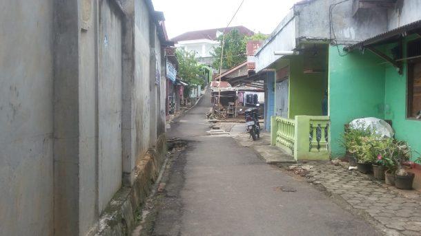 Curah Hujan Tinggi, Jalan Ratu Dipuncak, Durianpayung, Sering Kebanjiran