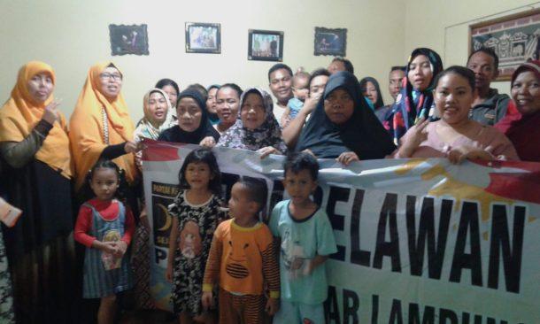 Dipimpin Yuni Karnelis, Rombongan PKS Bandar Lampung Beri Bantuan Korban Terdampak Tsunami
