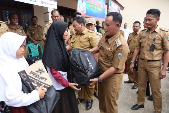 Wakil Bupati Tanggamus AM Syafii Kunjungi SMPN 1 Kotaagung