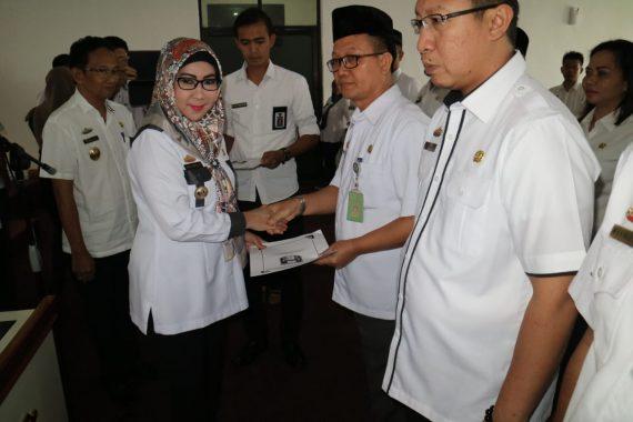 Bupati Dewi Handajani Lantik Sejumlah Pejabat Pemkab Tanggamus