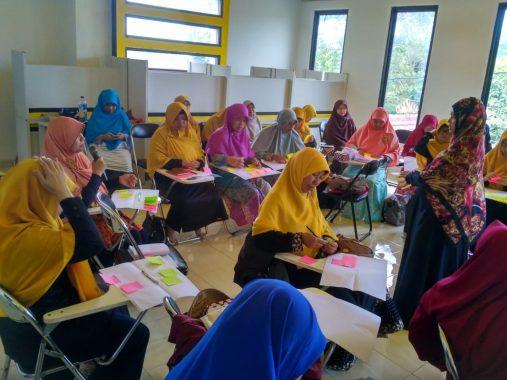 Lokakarya Soal Bencana Gelaran PKS Bandar Lampung, Ini Tips Atasi Trauma Bencana ala Psikolog Yeti Widiati