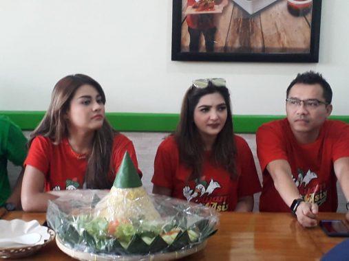 Anang dan Ashanty Luncurkan Kuliner Ayam Goreng