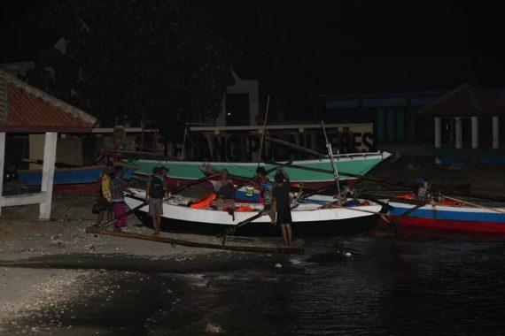Malam Hari di Pulau Sebesi, Kehidupan Warga Kembali Normal